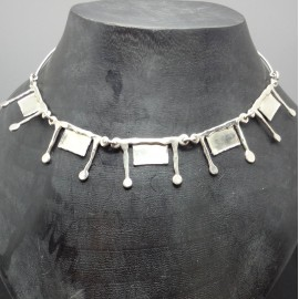 009 Necklace Silverplated